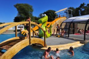Piscine camping les Dinosaures en Vendée